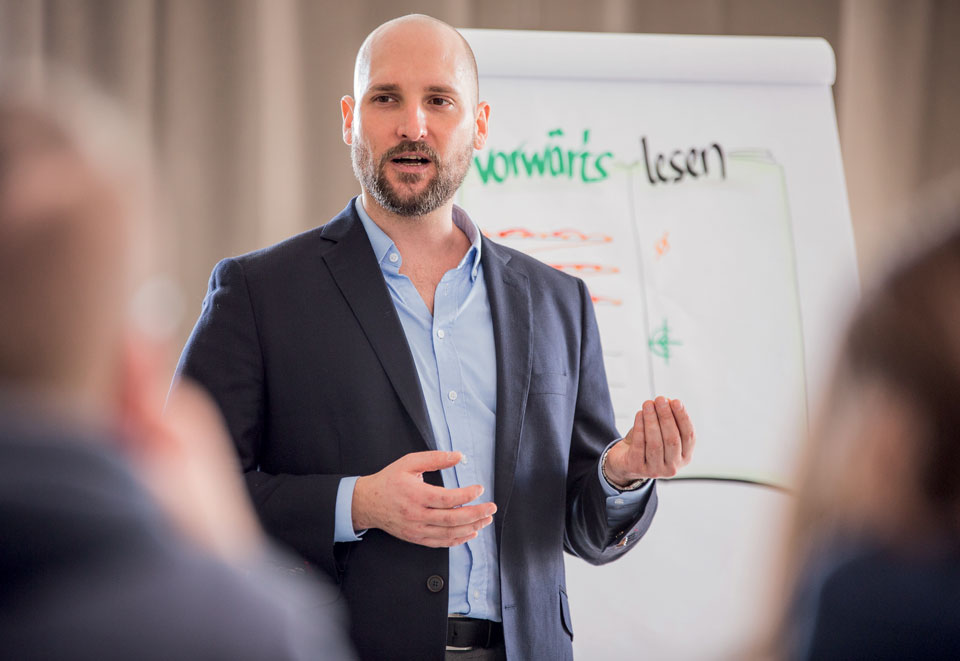 Markus Orschler trainiert Speed Reading